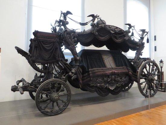 Schloss Schönbrunn: Carriage museum