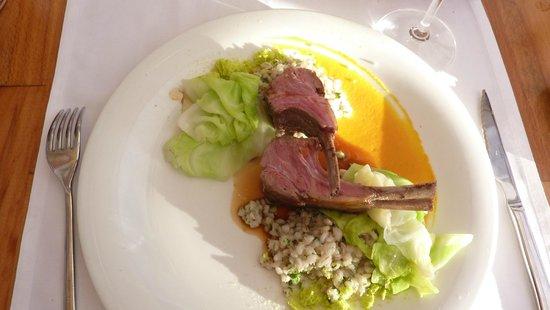 Restaurant Bugenvila: French rack of lamb