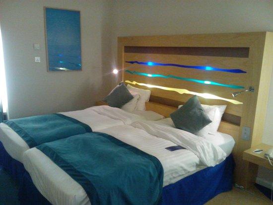 Radisson Blu Hotel London Stansted Airport: Cabezal