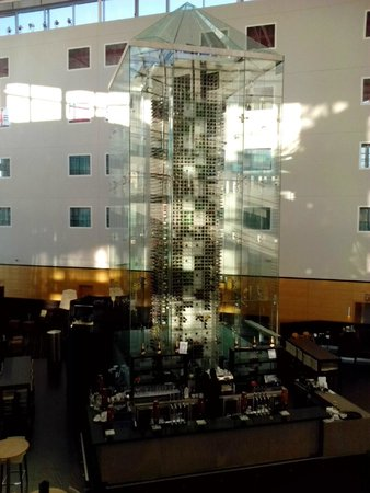 Radisson Blu Hotel London Stansted Airport: Bodega/Hall/Bar