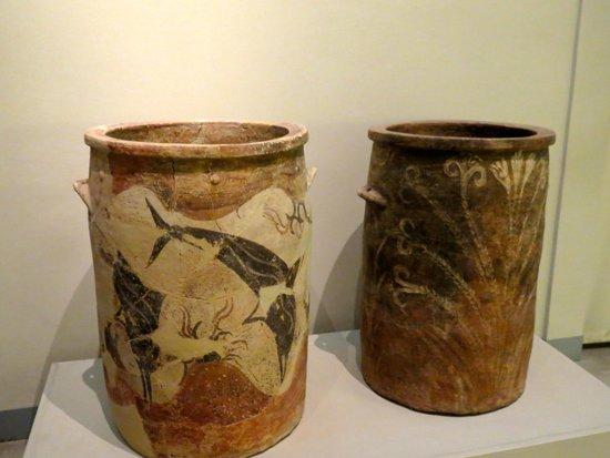 Museum of Prehistoric Thera : vats