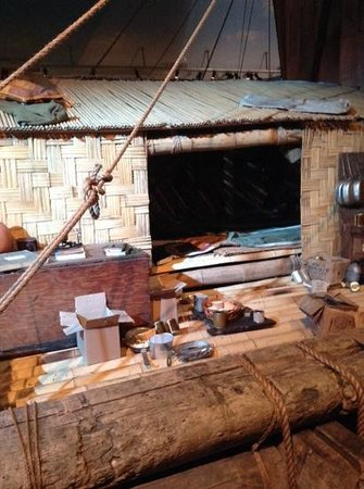 Kon-Tiki Museum: who would set sail in a boat like this?