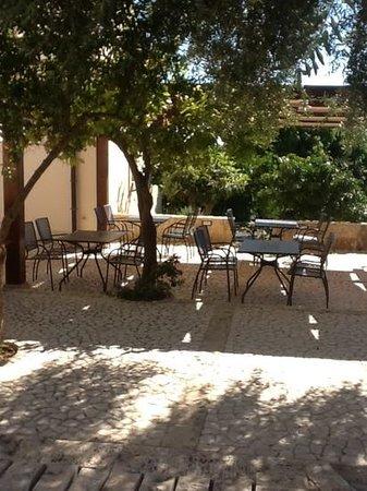Relais Torre Marabino: Dinner terrace