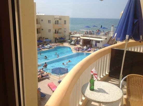 Menia Beach Hotel : view from balcony (606)