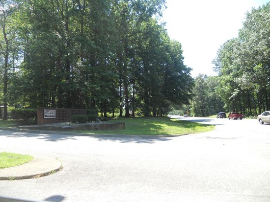 Entrance of the Newport News Park