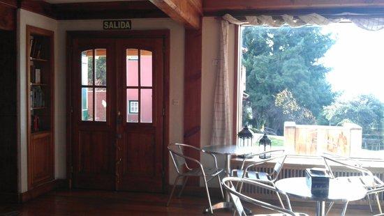 La Barraca Suites: Living/comedor