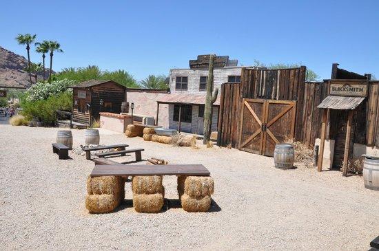 JW Marriott Scottsdale Camelback Inn Resort & Spa: Ghost Town