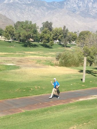 Welk Resorts Palm Springs : Hubby walking back from golf