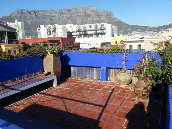 La Rose Bed & Breakfast: The view from a roof terrace