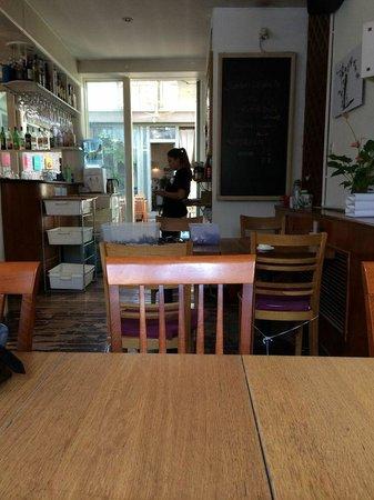 Vineyard Cafe: Interior