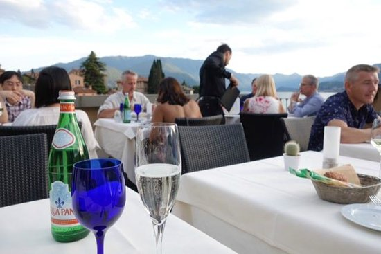 Albergo Milano Hotel & Apartments: dinner on the terrace at Albergo Milano