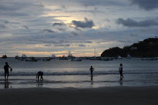 San Juan del Sur Beach: sunset at SJDS
