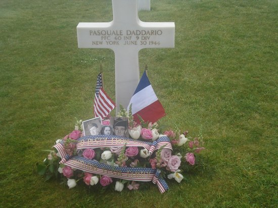 Battle of Normandy Tours : My uncle's grave at Normandy Cemetery