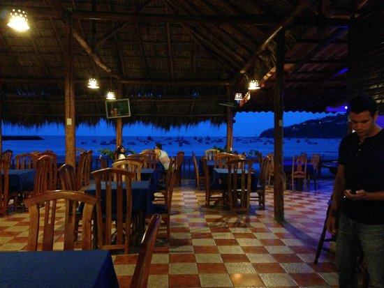 Restaurante Lago Azul: Nice Atmosphere