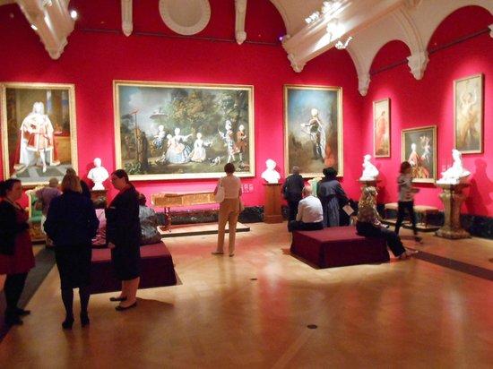 The Queen's Gallery: Wonderful display