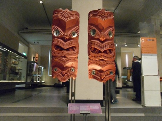 Musée du mémorial de guerre d'Auckland : Maori Craft