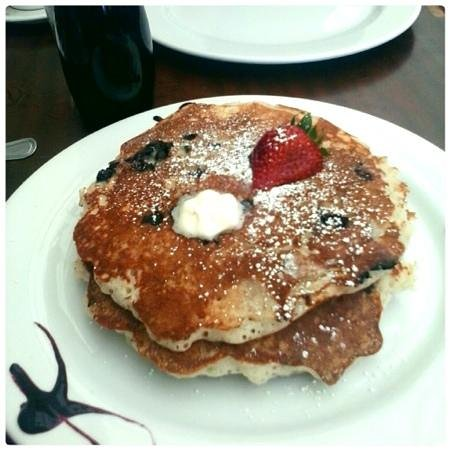 Naked Cafe: Wild Blueberry Pancake