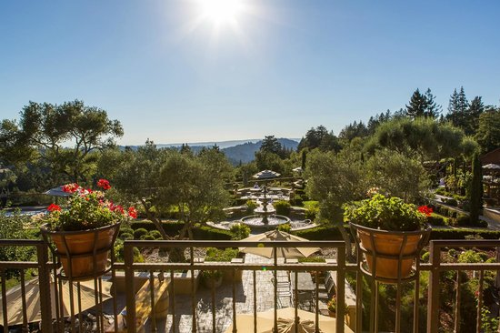 Regale Winery Vineyards Member Grounds