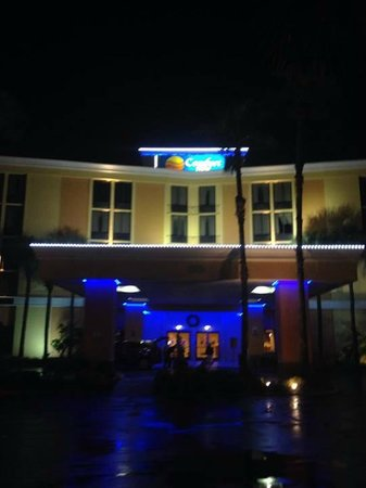 Comfort Inn Maingate: Entrada do hotel