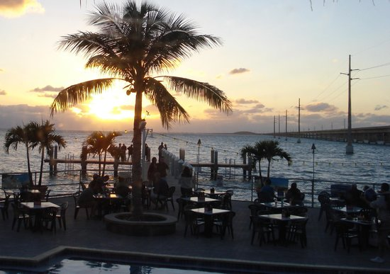 Sunset Grille and Raw Bar: Sunset at the Sunset Grille