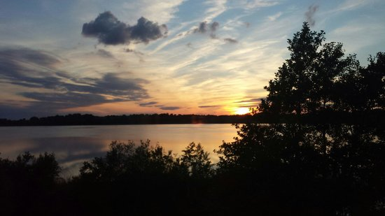 Wineport Lodge: I 💙 sunsets like this