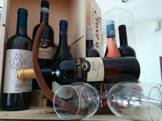 CAPPUCCINO HOUSE: vini