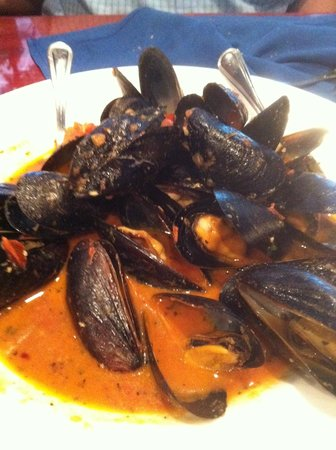 Blue Fish Restaurant : Mussels in tomato based sauce