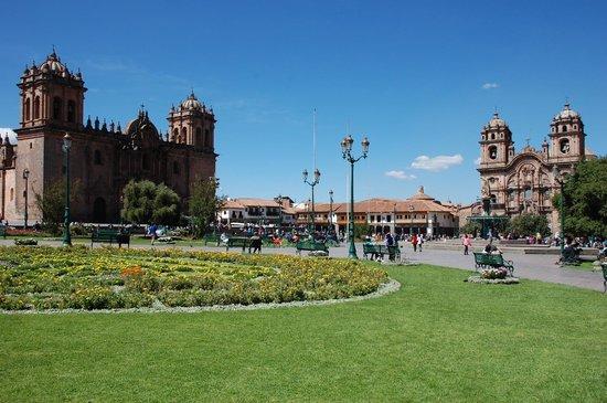 Plaza de Armas (Huacaypata): A beautiful day in May, dry season in Cusco, Peru.