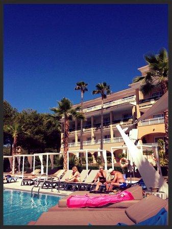 Insotel Cala Mandia Resort & Spa : Area A over 18s block