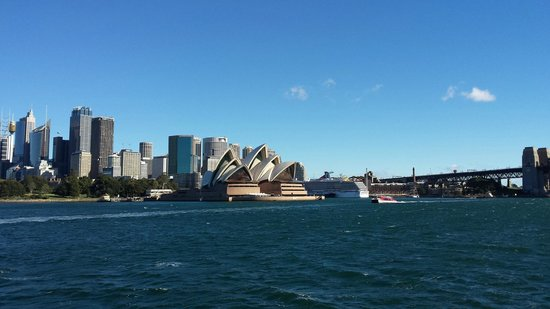 Sydney Harbour: Coming back in to the main Harbour