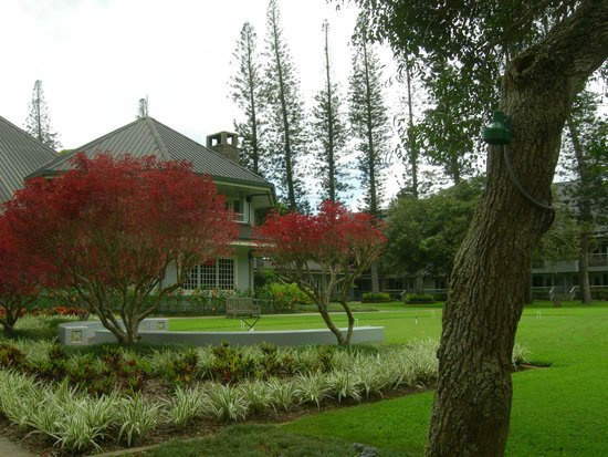 Four Seasons Resort Lana'i, The Lodge at Koele: Front view of hotel