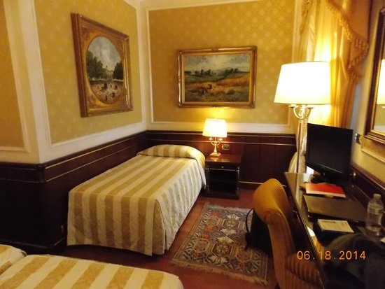 Hotel Simplon: Extra bed