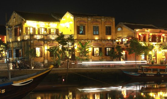 Hoi An Ancient Town: Hoi An old town by night