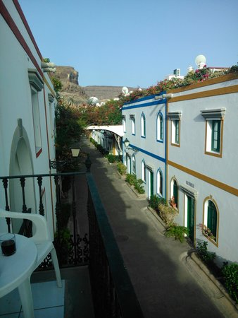 Hotel The Puerto de Mogan: View from Balcony 272