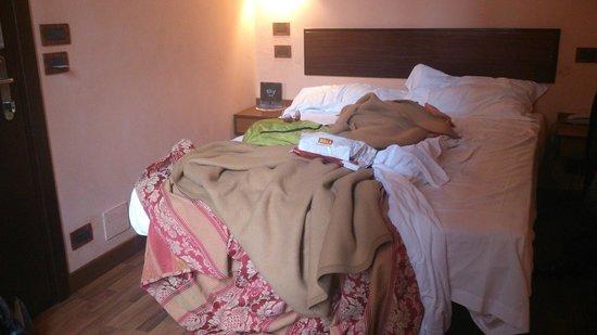 Le Boulevard Hotel: 19 кв.м!