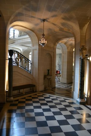 Musée Nissim de Camondo : The Entry Hall