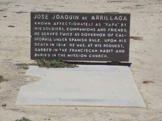 Mission Nuestra Senora de la Soledad: Burial site