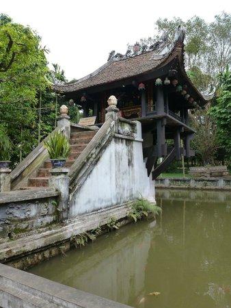 HanoiKids Tour: One Pillar Pagoda