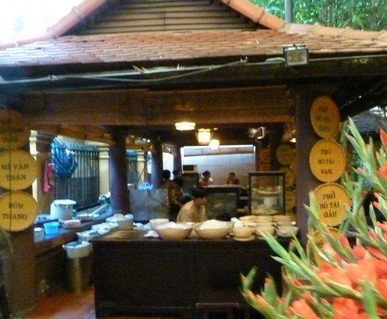 HanoiKids Tour: Restaurant