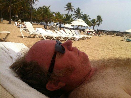 Hotel El Convento: Using the Hotel's Beach Club pass at La Concha