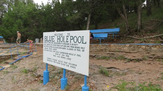 Turner Falls Park : Sign at pool (try to read)