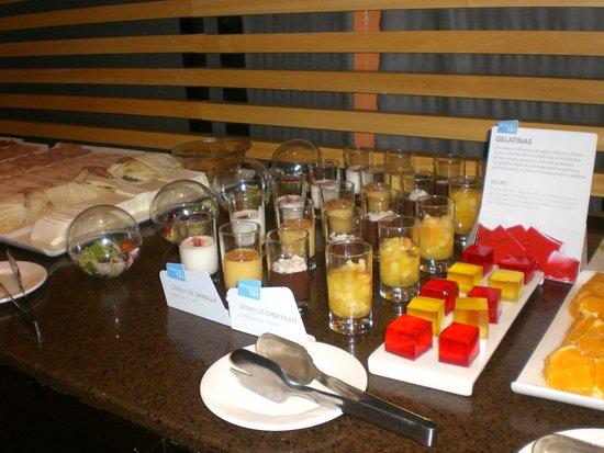 NH Madrid Ribera del Manzanares: café da manhã