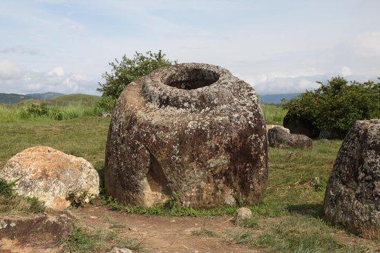 Llanura de las Jarras: One of the most photographed jar (with lip)
