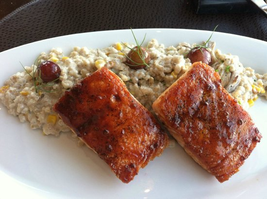 Vast : Salmon with corn risotto