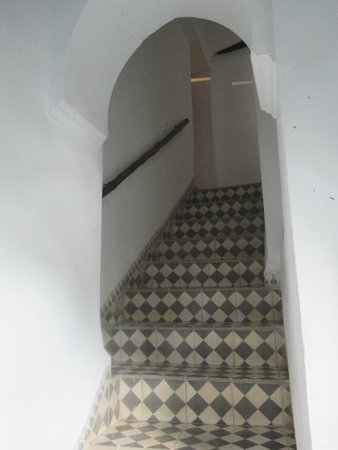Dar Mouassine : The stairs, so lovely.