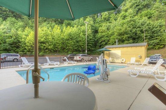 Sleep Inn Bryson City - Cherokee Area : Pool 1