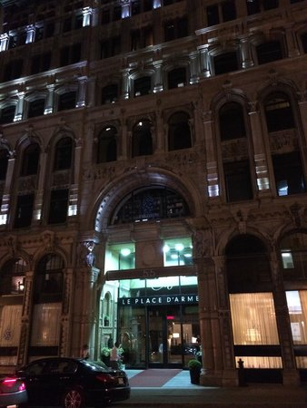 Hotel Place d'Armes: front of hotel at night
