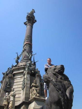 Monumento a Cristoforo Colombo : Climbing the lion at the base