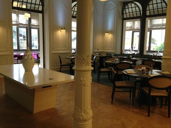 Hotel Royal St. Georges Interlaken - MGallery Collection : Restaurante