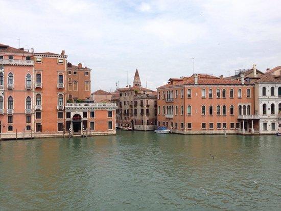 NH Collection Venezia Palazzo Barocci: Vue de la chambre 104